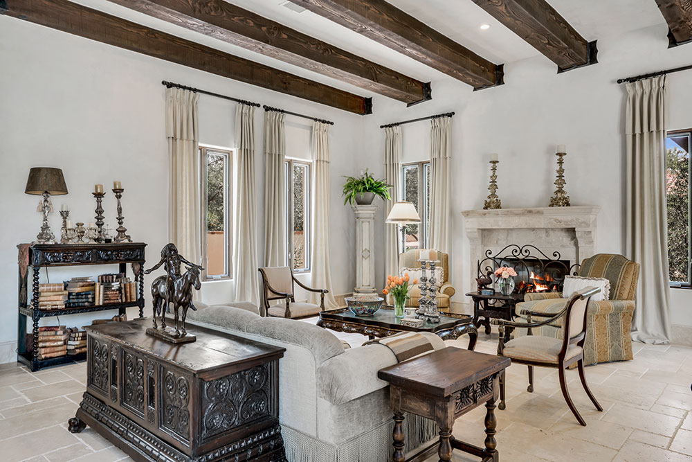 A European Villa in the Heart of the Southwest
